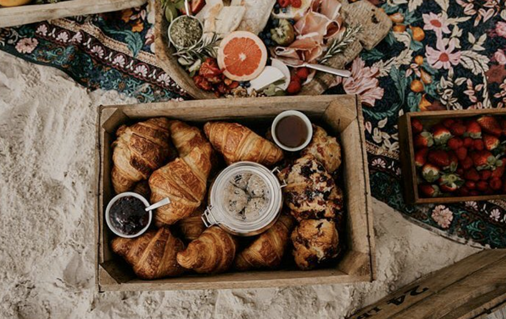 Sunday Sustainable Bakery - Need a takeaway treat for the beach? This is your go to. From sandwiches to sausage rolls you won't be disappointed when you stop by this popular bakehouse.