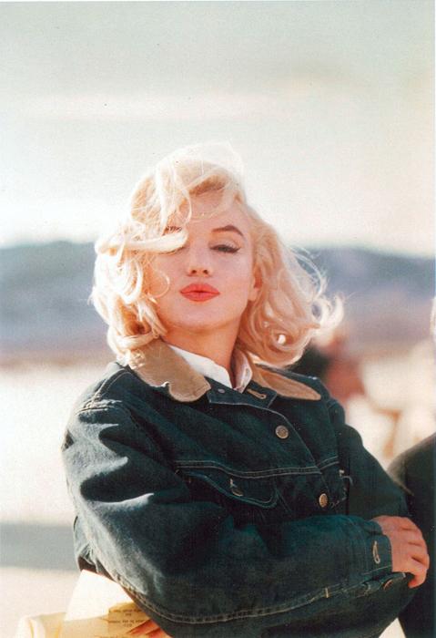 Eve-Arnod-post-Marilyn-Monroe-05
