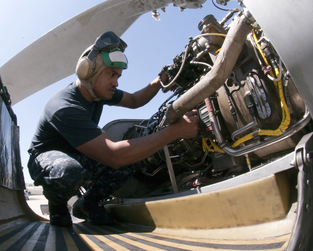 Aircraft Technicans - TRansition to Field Services Roles