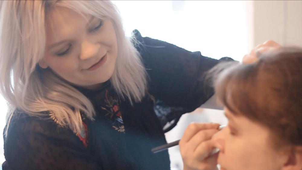 Rachel Capocci Professional Hair & Makeup Artist at Carola Moon Portraits Wallingford Oxfordshire UK
