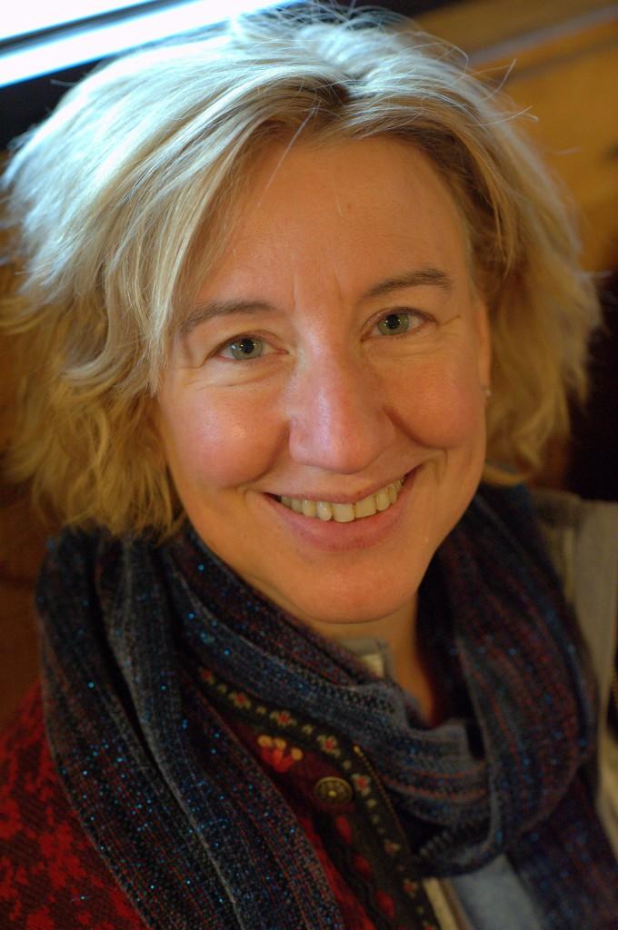 Portrait-Aline-680x1024.jpg
