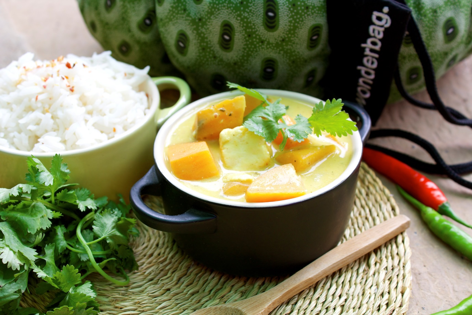 SERVES 4 - Sweet Potato tofu coconut curry