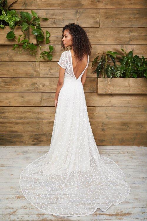 17951e233e3 DRESSES - E W Couture