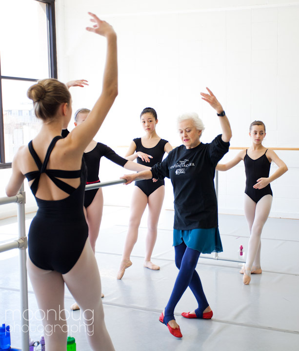 Sonja Clark of Moonbug Photography Photographs Violette Verdy at Indianapolis school of Ballet