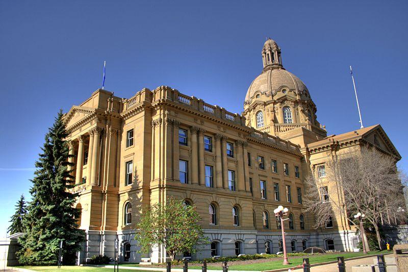 800px-Legislature-Building-Edmonton-Alberta-Canada-05.jpg