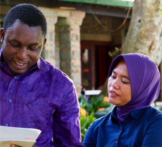 Construire un réseau d'apprentissage : La « Community Land Initiative » - La « Community Land Initiative » (Initiative des Terres Communes) est une initiative de co-apprentissage visant à faciliter le partage de stratégies de protection et de communauté d'experts entre les organisations de la société civile (OSC) sur une période de 12 mois.