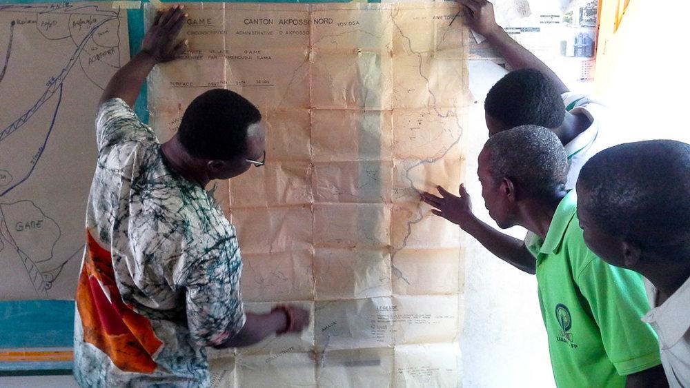ENI del Togo - En el Togo, la creación de la ENI sirvió para cambiar drásticamente el panorama de los derechos a la tierra; una realidad en la que casi no se reconocían tales derechos y había poca colaboración con los ministerios gubernamentales.