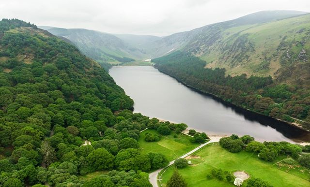 This is the Wicklow Mountains National Park in the Glendalough valley. The valley is located only 30 miles from Dublin making this the perfect place for a weekend or even one-day escape from the city crowds.  http://bit.ly/britishandirish . . .  #WicklowMountains #GlendaloughValley #Dublin #daytrip #irishcountryside #theoutdoors #countrysidewalk #walkingholidays  #walkingtour #theoutdoors #countryair #peaceandquiet #natureatitsfinest #freedomtotravel #hikingtour #getoutdoorsmore #countrysidephotography #capturingbritain #theemeraldisle #walkingtheworld #walkingaroundtheworld #hikinglifestyle #hiking_daily #irelandtravel #ireland_travel #ireland_insta #irelanddaily #irelandphotography