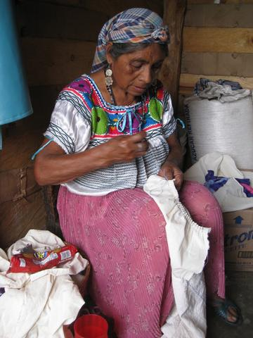 senora-making-dress_large.jpg