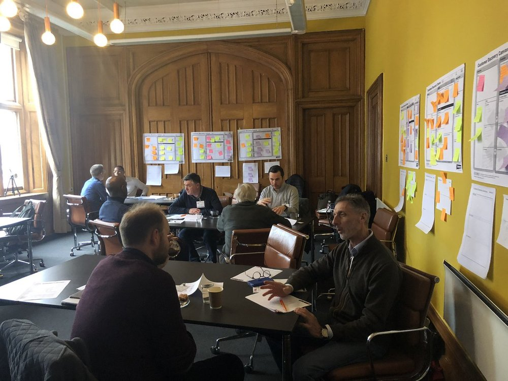 1-2-1 speed mentoring sessions provide feedback to delegates following the pitching process