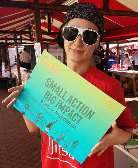 SMALL ACTION BIG IMPACT PLEDGES AT UON   University of Northampton wanted to engage with students and staff at Freshers Week to kick start recycling habits for the new year.