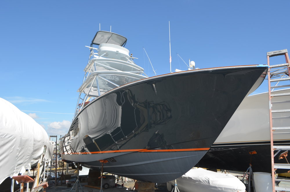 Complete paint job and refit on a 35' Predator.