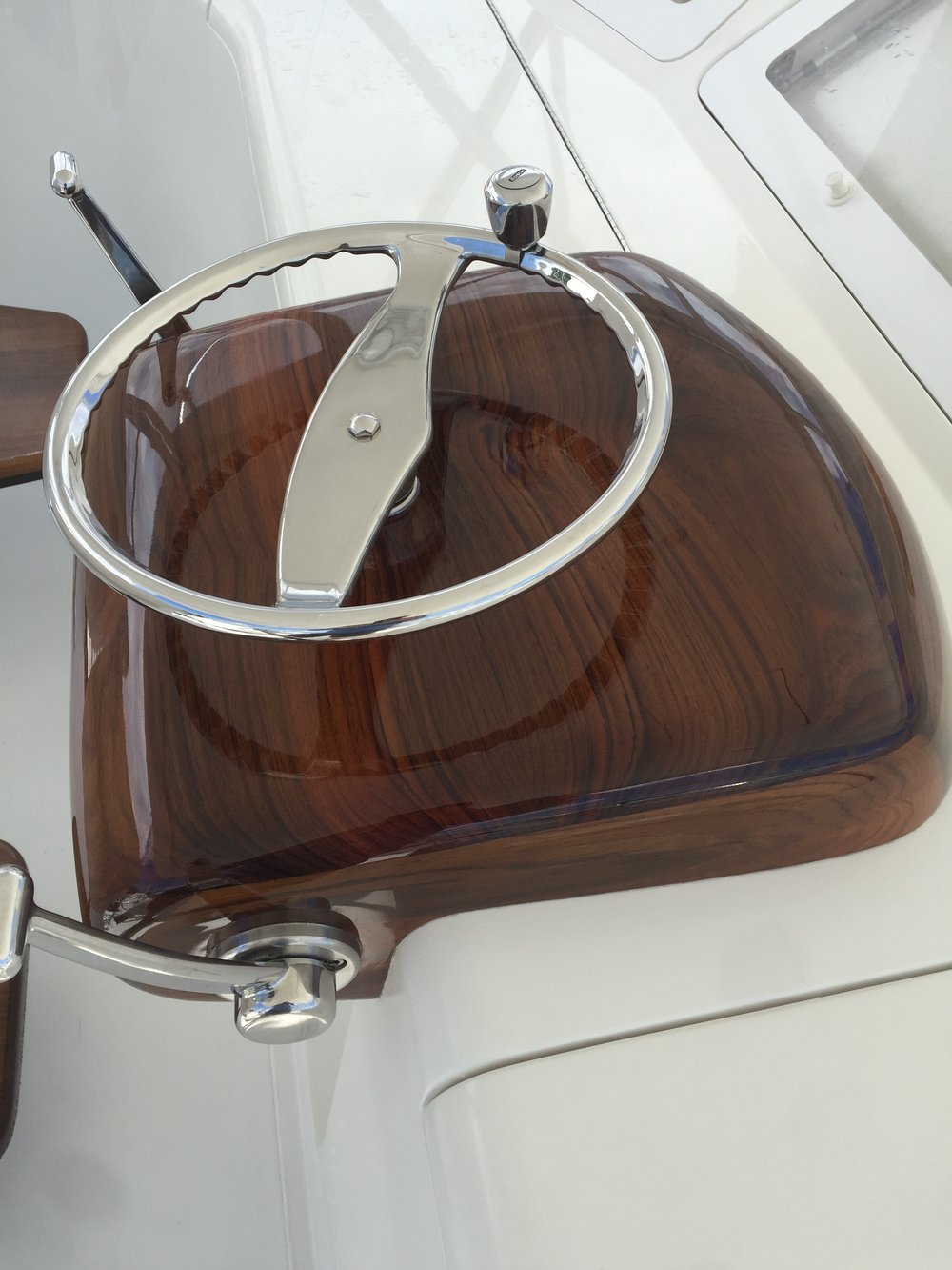 After shot of a custom pod at the helm of a 52' Viking.