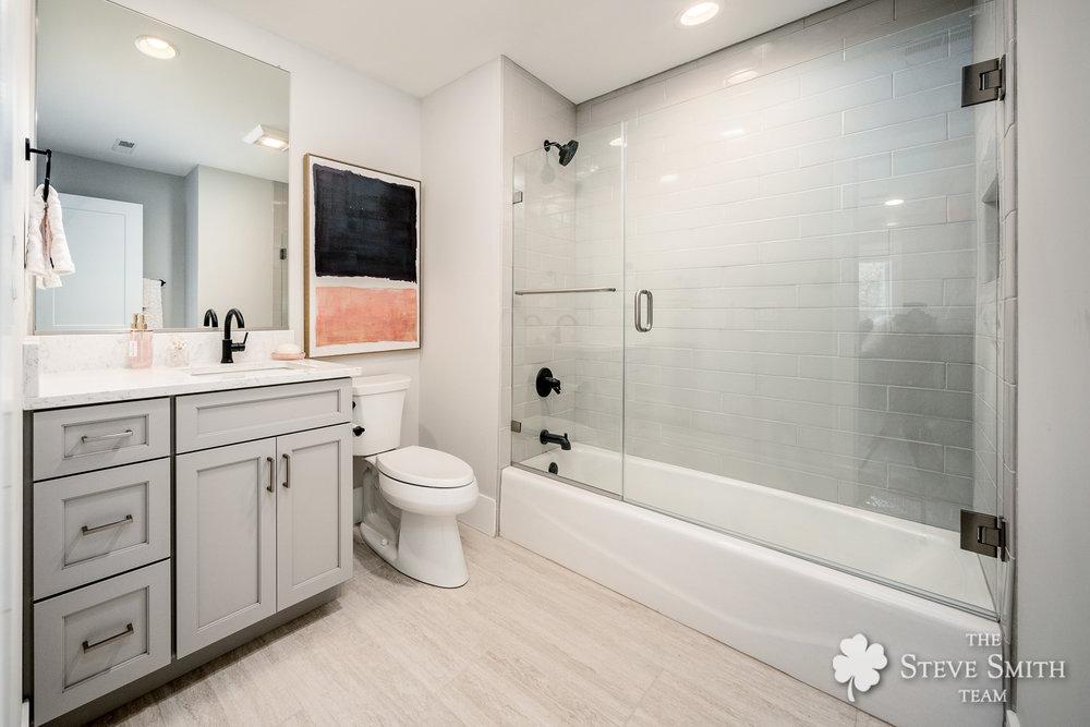 29 Bath2 1.jpg
