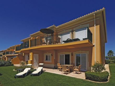 ride-on-retreat-luxury-villa-portugal.jpg