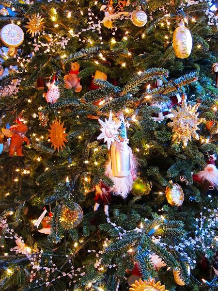 Christmas-tree copy
