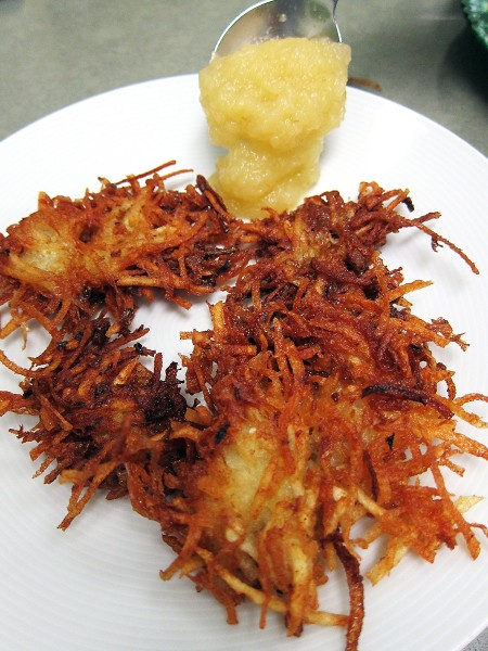 latke with applesauce copy copy