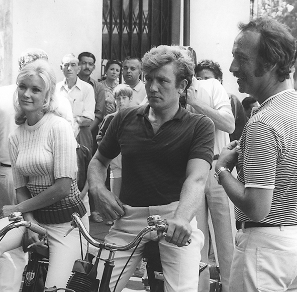 Yvette Mimieux, Albert Finney and Robert Sallin filming in Nice, France
