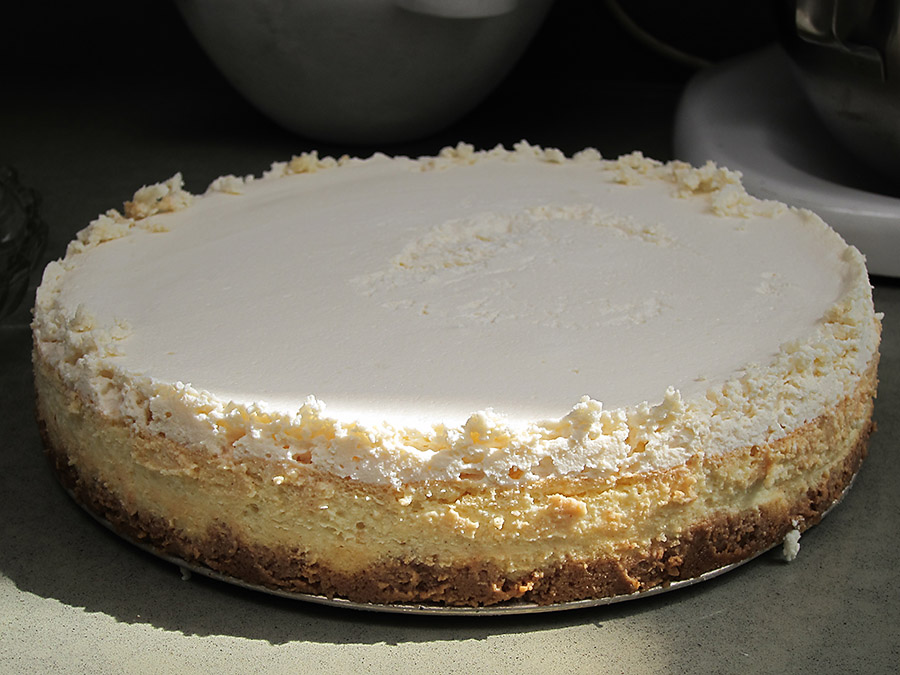 Annas-Worlds-Best-Cheesecake.jpg