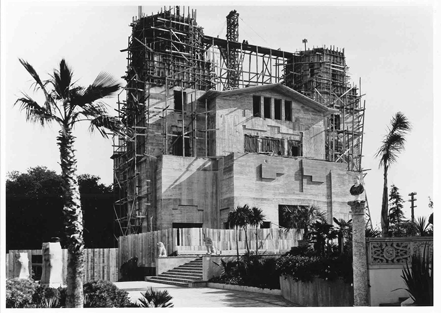 Construction of Hearst Castle
