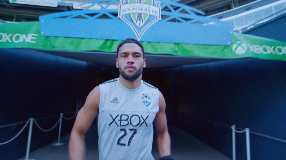 Jordan Morris soccer player with xbox #27 shirt