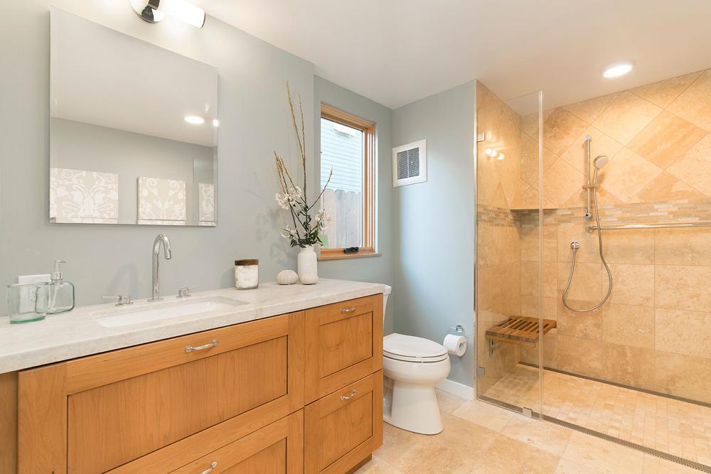 Addison bathroom.jpg
