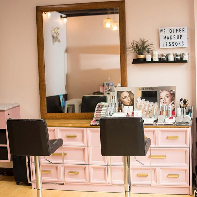 Welcome to our beautiful new makeup artistry area! 🙌🏻 Fully stocked with @mirabellabeauty products to make your skin look and feel absolutely amazing! Get pampered in this space for your next special event, learn how to apply makeup during your own 1-on-1 lesson or just stop in to try our new line! 💋💋💋