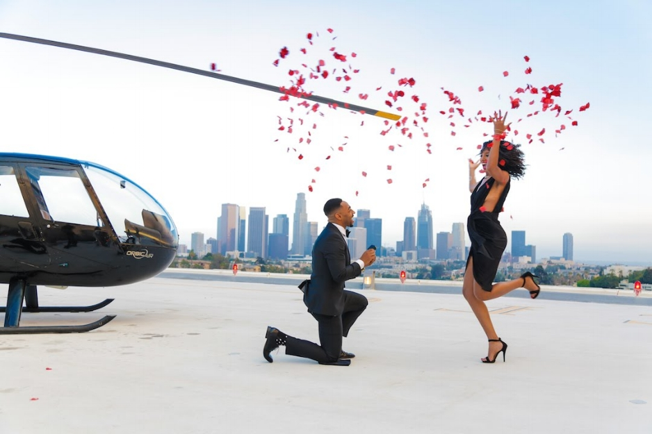 Helicopter Photo Session turns into a Proposal | Source: greenweddings.ng