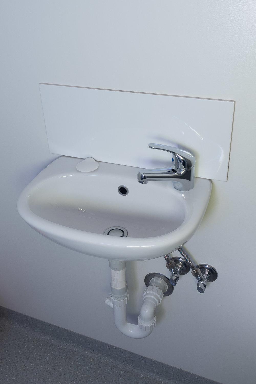 Toilets002.jpg