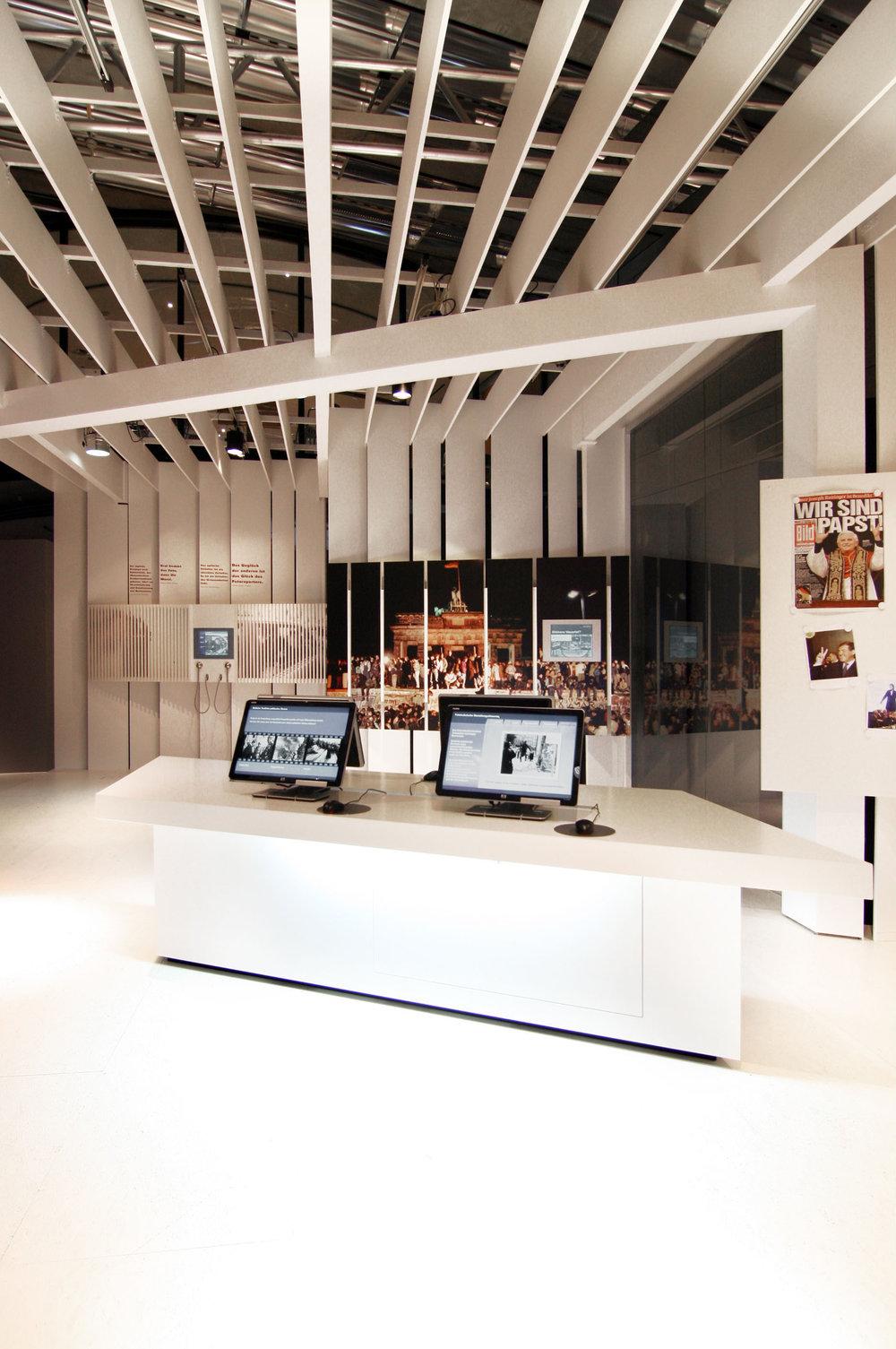 bilder-im-kopf_museum-exhibition-design_coordination-berlin_04.jpg