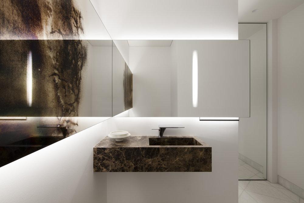 ritz-apartment_private-interior-design_coordination-berlin_10.jpg