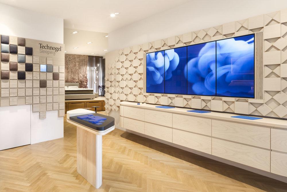 technogel-experience-center_retail-interior-design_coordination-berlin_02.jpg