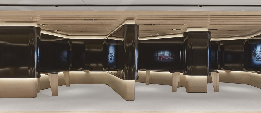 bmw-product-information-center_coorporate-interior-design_coordination-berlin_04.jpg
