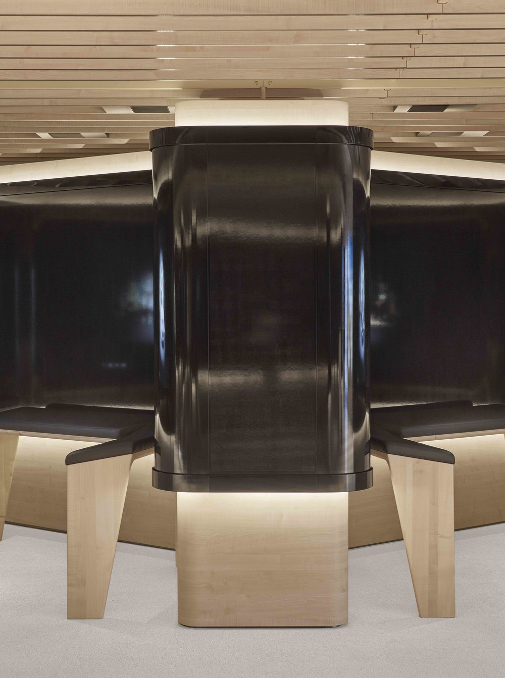 bmw-product-information-center_coorporate-interior-design_coordination-berlin_11.jpg