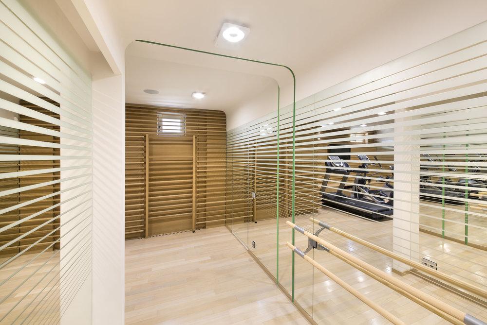 miras-villa_private-architecture-interior-design_coordination-berlin_09.jpg