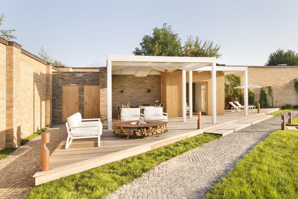 miras-villa_private-architecture-interior-design_coordination-berlin_11.jpg