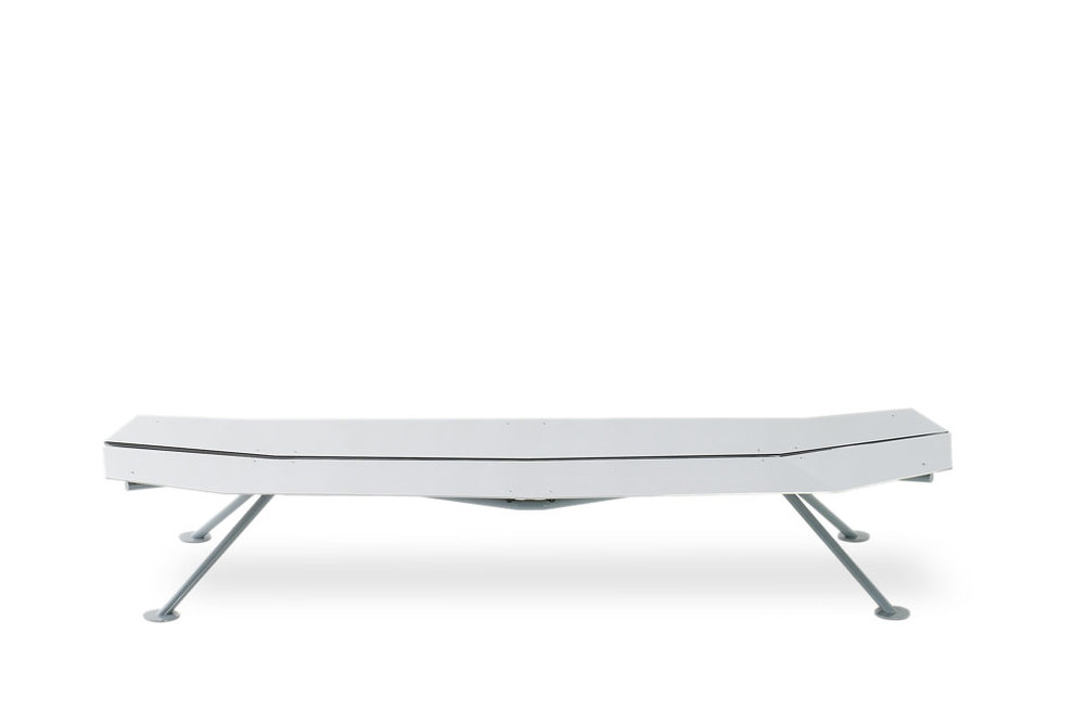 lockheed-II-bench_furniture-design_coordination-berlin_01.jpg