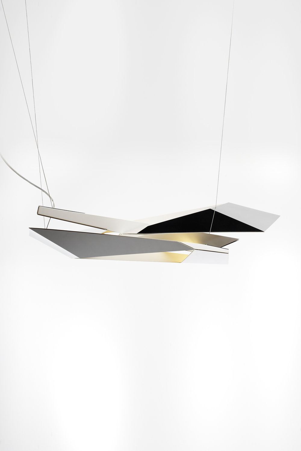 polygon-crash-light_lighting-design_coordination-berlin_00.jpg