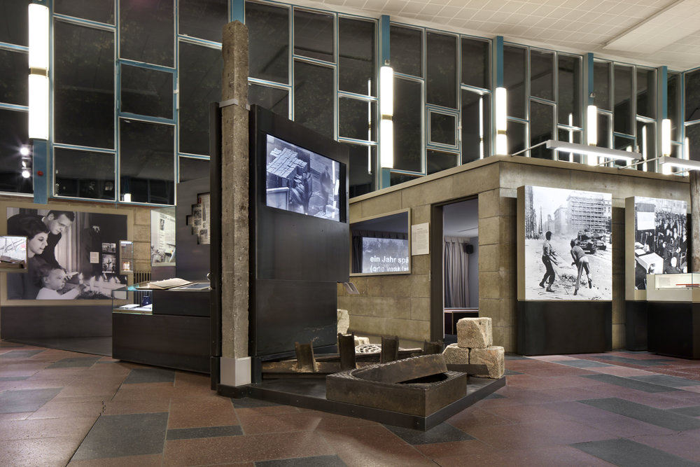 traenenpalast_museum-exhibition-design_coordination-berlin_06.jpg
