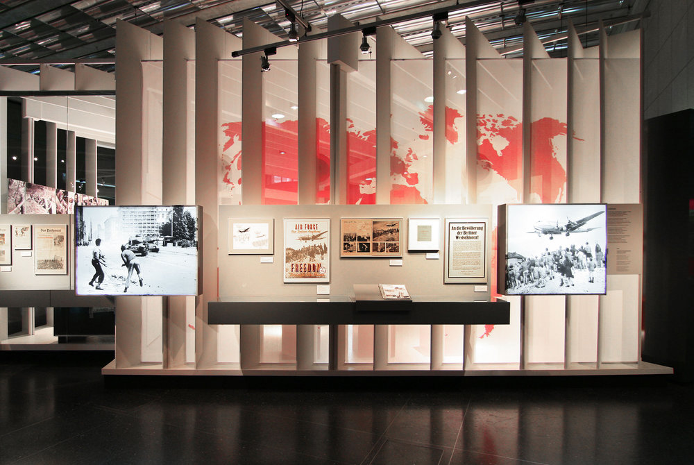 bilder-im-kopf_museum-exhibition-design_coordination-berlin_05.jpg