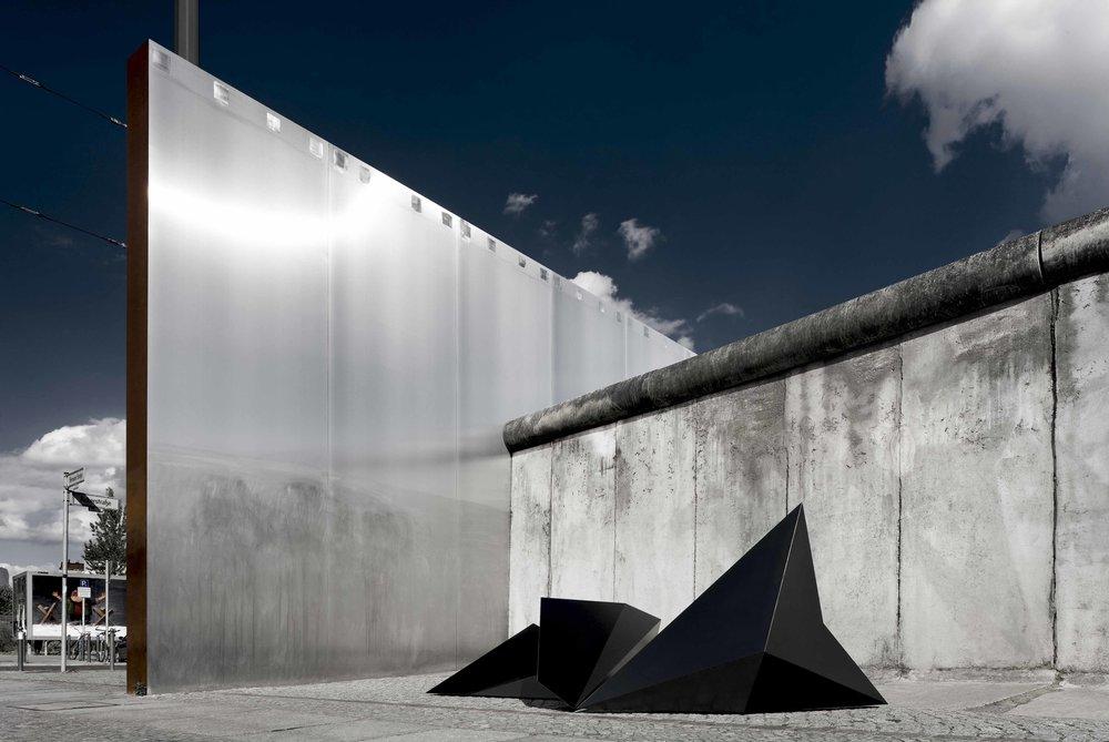 crystal-city-minds_exhibition-design_coordination-berlin04.jpg