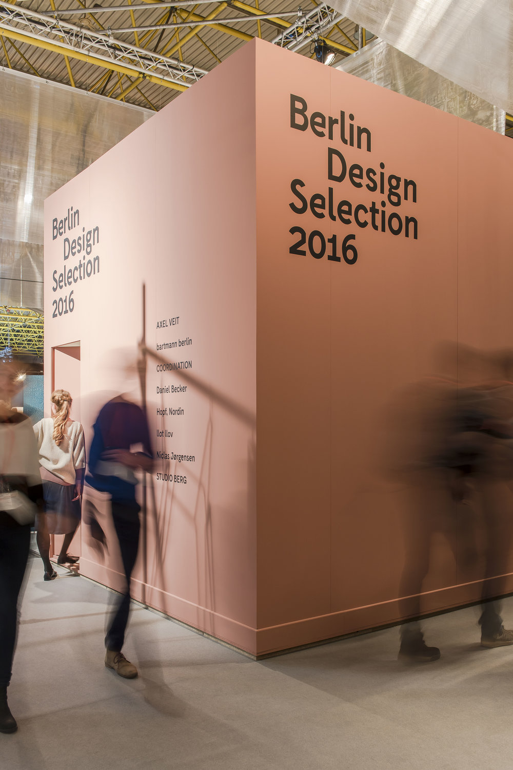 berlin-design-selection-kortrijk_tradefair-exhibition-design_coordination-berlin_01.jpg