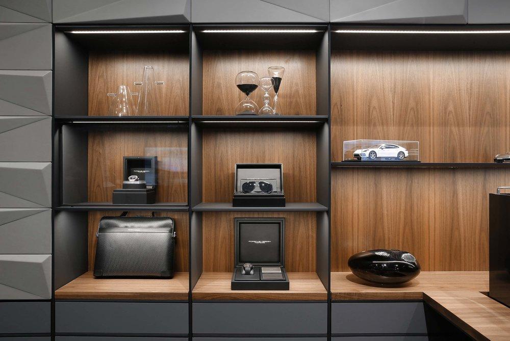 porsche-studio_retail-interior-design_coordination-berlin_16.jpg
