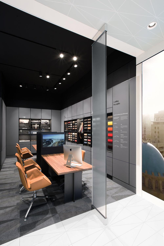 porsche-studio_retail-interior-design_coordination-berlin_18.jpg