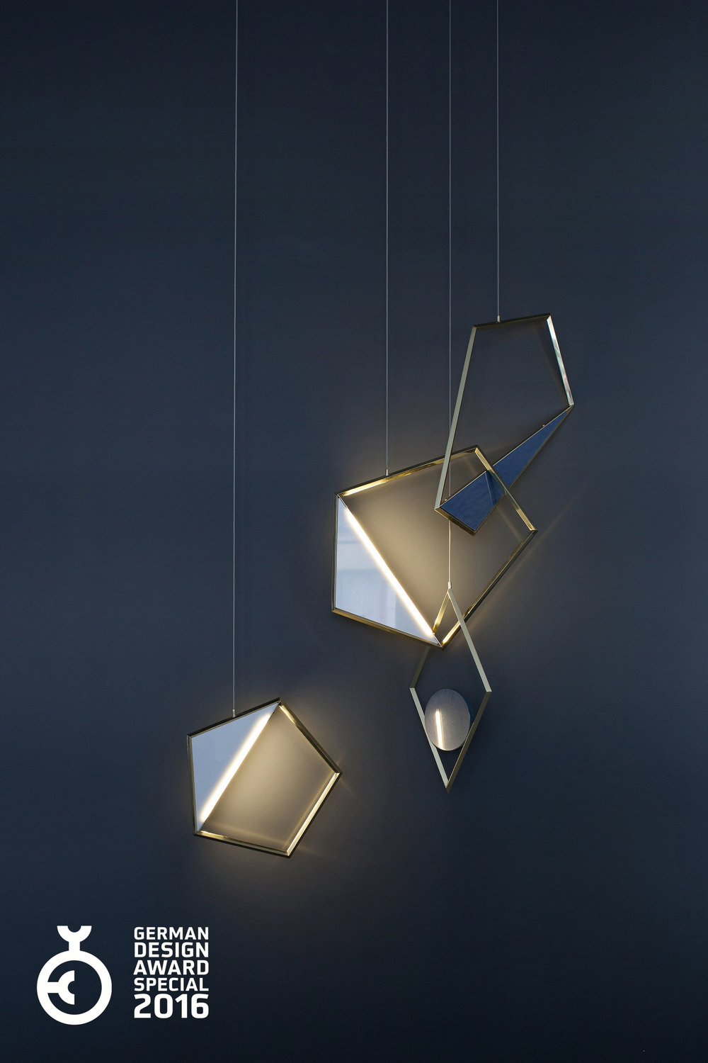 tangle-light_lighting-design_coordination-berlin_01.jpg