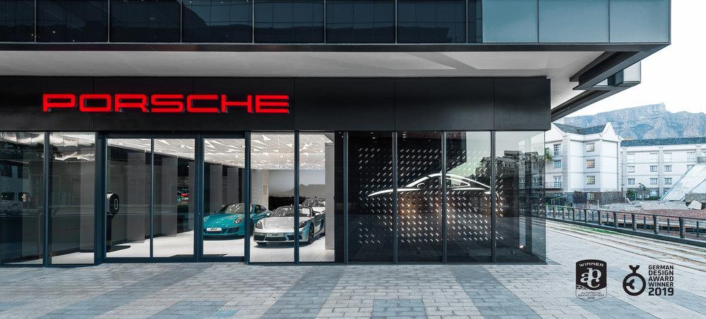 porsche-studio_retail-interior-design_coordination-berlin_01.jpg