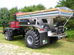 MagnaSpread3 Truck-Mount - BBI MagnaSpread3 Truck-Mount - Patented THREE Hopper with INDEPENDENT Variable rate. Ideal for Precision Dry Material Application - Advanced Technology for the most sophisticated farmer! MagnaSpread3 is designed to keep up with the latest advancements in prescribed, guided, variable rate application of nutrients.