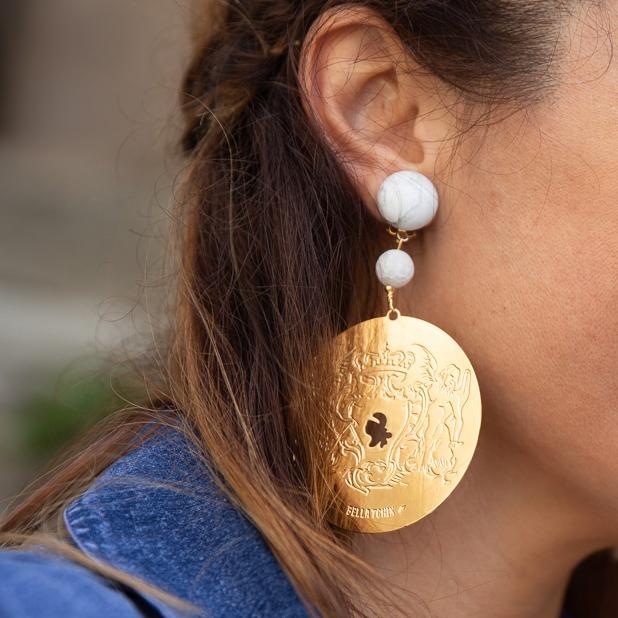 Boucles d'oreille disponible en S-M-L