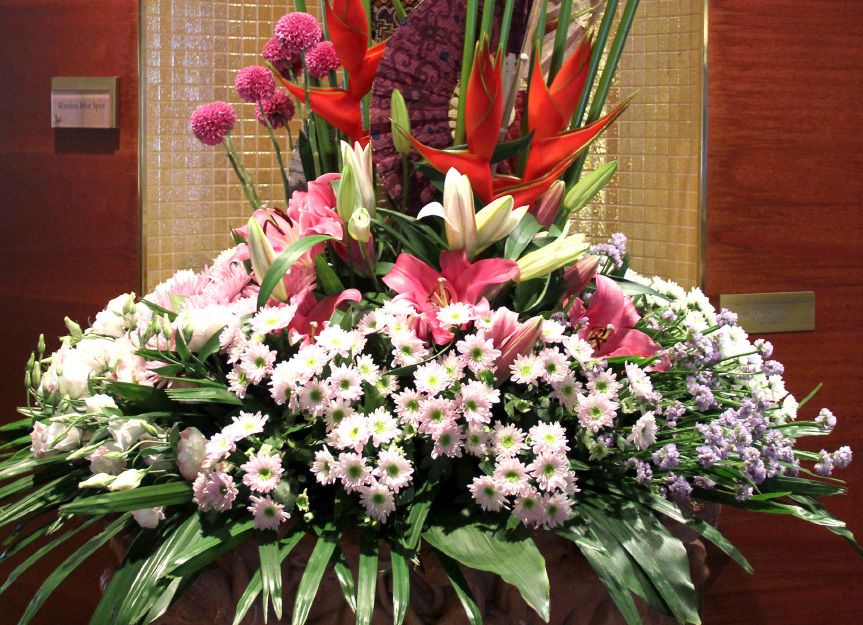 Yacht-Flowers-Dianthus-Arrangement-0523.jpg