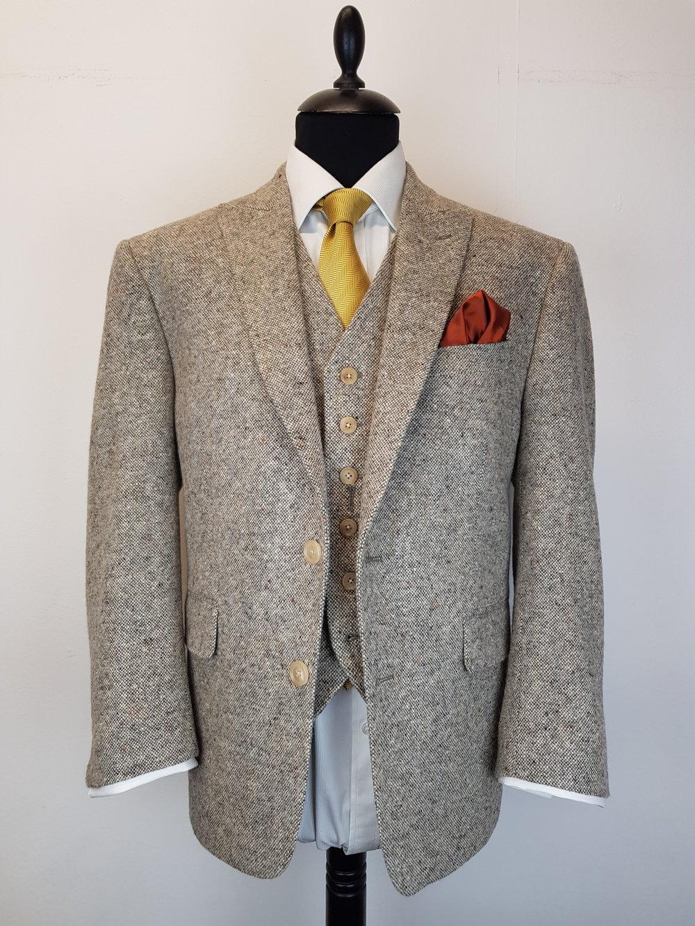 Molloy Donegal Tweed Suit (2).jpg